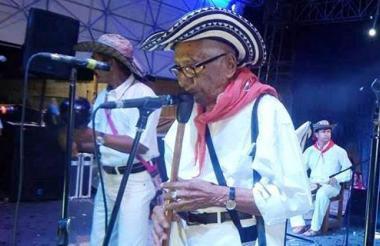 El gaitero Félix Contreras, homenajeado de este año.