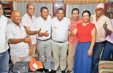 Norberto 'Tico' Gómez tiene el respaldo de la mayoría de diputados. Lo acompañan: Eimer Rodríguez, Blas Quintero, Idelfonso Medina, Genaro Redondo, Hilber Pinto, Astrid Ariza, Micher Pérez y Maikel Castilla.