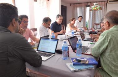 Aspecto de la reunión del sábado entre las delegaciones del Gobierno y las Farc en La Habana.
