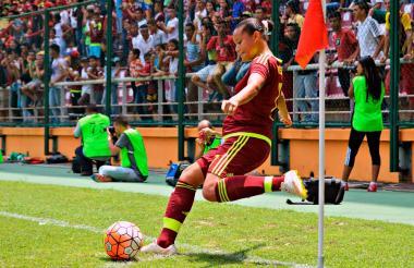 Daniuska Rodríguez durante un partido.