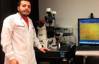 Daniel Ortiz, ganador por su sistema para identificar patógenos.
