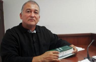 Maxlinder Pichón, Juez Séptimo Penal Municipal.