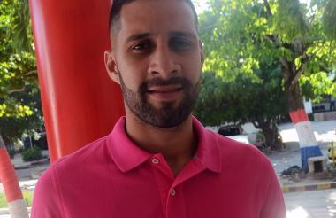 Jonathan Ávila, defensor central de 25 años.