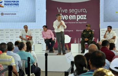 El presidente Santos interviene durante la formalización de la entrega de las 544 cámaras de vigilancia.