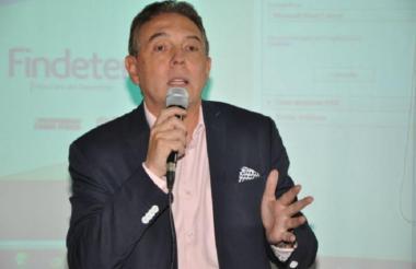 Helmut Barros Peña, presidente del FNA.