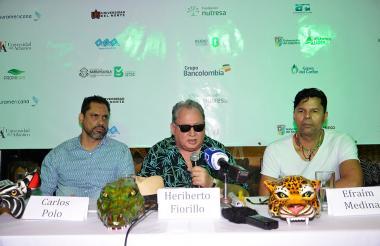 Carlos Polo, Heriberto Fiorillo y Efraim Medina, del equipo de la fiesta.