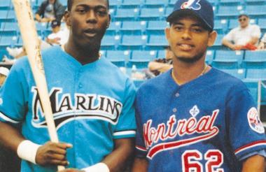 Édgar Rentería y Orlando Cabrera cuando empezaban sus destacadas carreras en los Marlins y los Expos, en las Grandes Ligas.