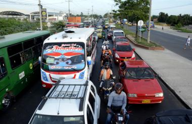 La calle 30 es un corredor arterial estratégico para conectar a Barranquilla con su área metropolitana.