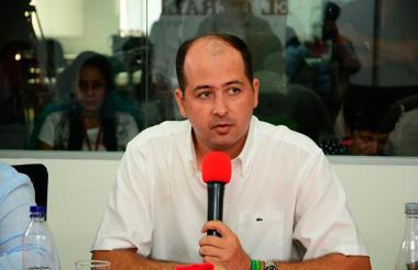 Marcos Pineda, alcalde.