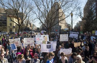 Manifestantes contra Trump.