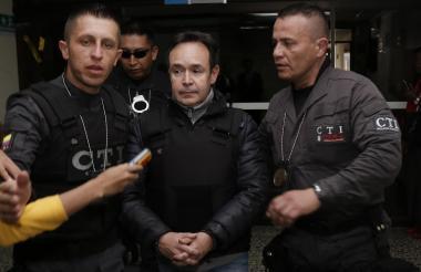 En el complejo judicial de Paloquemao se realiza la audiencia de imputación de cargos contra Andrés Cardona, señalado por su participación en la firma Odebrecht y en la celebración indebida de contratos al igual que cohecho.
