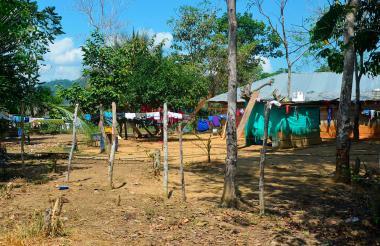 Las familias que habitan alrededor de la represa de Urrá corren gran riesgo de contraer el paludismo, sin acciones constantes de las autoridades.