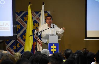 El fiscal general durante la conferencia que dictó ayer en Combarranquilla.