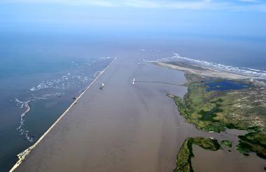 Imagen del canal de acceso navegable al Puerto De Barranquilla.