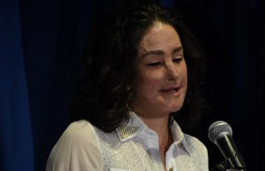 En un calmado y conmovedor discurso, Natalia Ponce contó su historia y su labor.