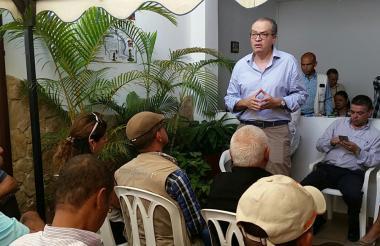 Fernando Carrillo, en rendición de cuentas, en Buga.
