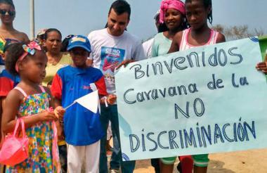 Los niños de Cartagena hicieron parte de una caravana en La Boquilla para conmemorar esta fecha el año pasado.