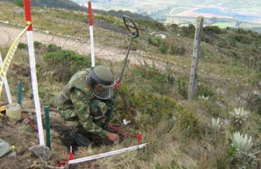 En 16 veredas del municipio de Zambrano realizaron inspección de minas antipersonas.