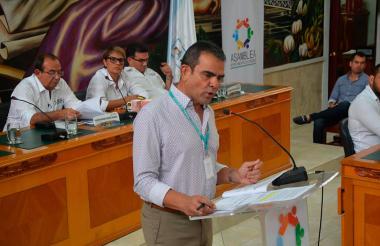 Emilio Otero, jefe de la Contraloría de Córdoba, durante la ponencia.