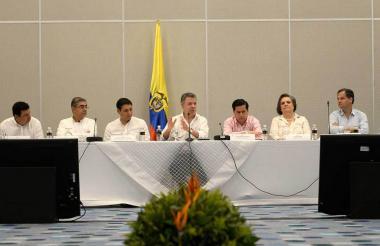 El presidente Santos en la instalación del foro 'En la ruta de la paz: Diálogos políticos para la apertura democrática'.