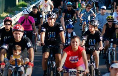 Ciclistas unidos a la iniciativa de la Hora del Planeta.