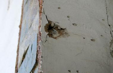 Una de las esquirlas que ocasionó el estallido de la granada.