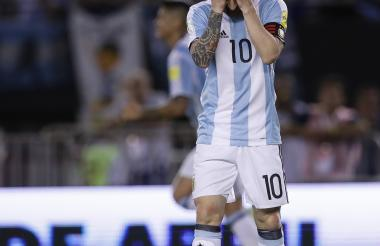 Lionel Messi, capitán y líder de la Selección Argentina, se perderá los próximos cuatro partidos de la Eliminatoria al Mundial Rusia 2018.