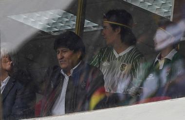 El presidente Evo Morales observó el partido Argentina-Bolivia este martes.