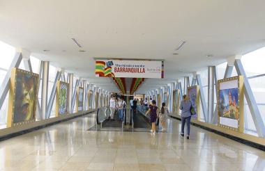 Este es el puente del 3o. piso de Buenavista donde está expuesta la exposición de fotografías