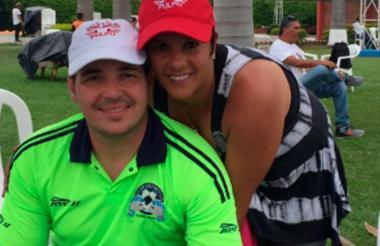 Alexis Viera y su esposa Andrea Espel, también uruguaya, en una fotografía reciente.