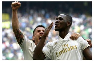 Cristian Zapata celebra el gol del empate final para el Milan