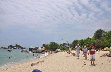 Turistas en el parque Tayrona durante Semana Santa.