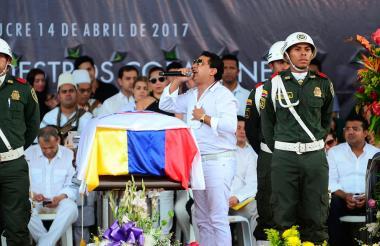 Rafael Santos durante el homenaje a Martín Elías en el parque de La Leyenda.