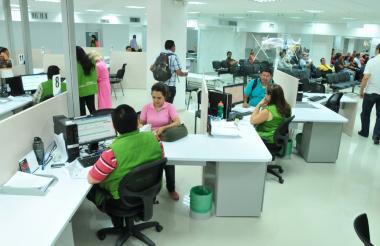 Oficinas de la División de Impuestos de la Dian en Barranquilla.