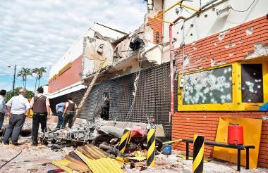 Así quedó la sede de Prosegur en Ciudad del Este, Paraguay, tras ser asaltada por cincuenta hombres.