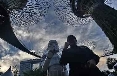 Fotografía tomada por la AFP en Singapur este 4 de mayo por la celebración del Día de Star Wars.