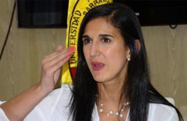 Ministra de Educación, Yaneth Giha Tovar.
