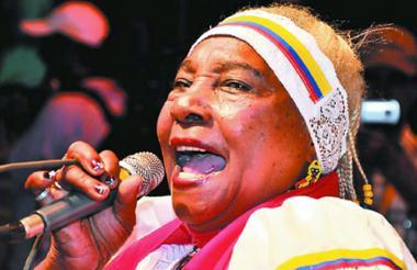 Petrona Martínez.