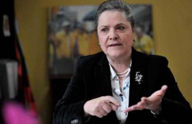 Exministra Clara López.