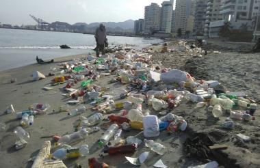 Jornada de limpieza de la Fundación Salva tu Río.