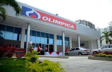 Fachada de una supertienda Olímpica en Barranquilla.