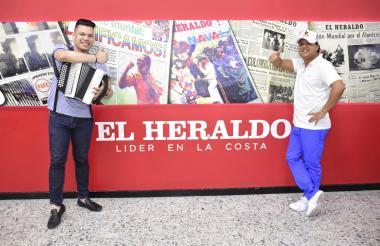 José Mario Oñate y Rafael Santos durante su visita a EL HERALDO.