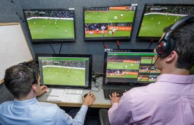 Los árbitros ahora tienen la ayuda de los videos.