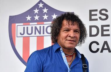 Alberto Gamero dejó atrás al Junior y espera encontrar pronto un nuevo equipo.