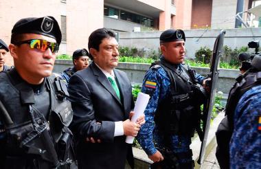 Juan Francisco 'Kiko' Gómez, custodiado por agentes del Inpec.
