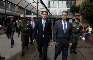 Francisco Uribe Noguera camina por el complejo de Paloquemao este jueves.