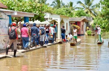 La ciénaga Grande empezó a rebosar en los municipios de Momil y Chimá, situación que no se presentaba desde hacía siete años.