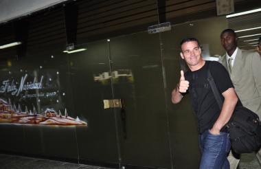 Una imagen de Alexis 'El Pulpo' Viera cuando llegó a Barranquilla en 2009 para negociar su vinculación al Junior.