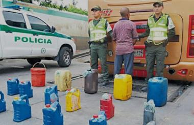 Imagen de archivo de una incautación de gasolina.