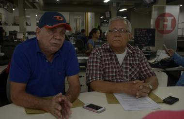 Hugo Aduén y Samuel Muñoz, representantes de los jubilados de la extinta EDT.